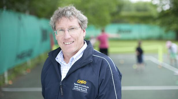 Professor Mark Tremblay Presents on Benefits of Outdoor Play in Pembroke