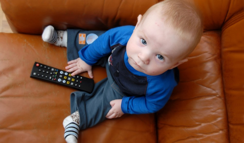 Too Much Screen Time Prevents Young Tots From Meeting Healthy Movement Guidelines